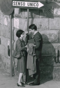 Florence, Italy: street scene. Ronald Reis Photographs, Archive of Documentary Arts, Duke University.