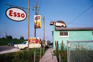 Photo by William Eggleston, source thedailybeast.com